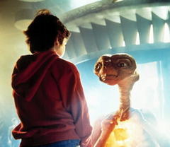 ET and Elliott_image_040509